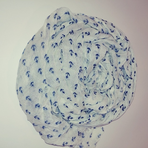 J. Crew Accessories - 🍰 J. Crew scarf white with blue anchors
